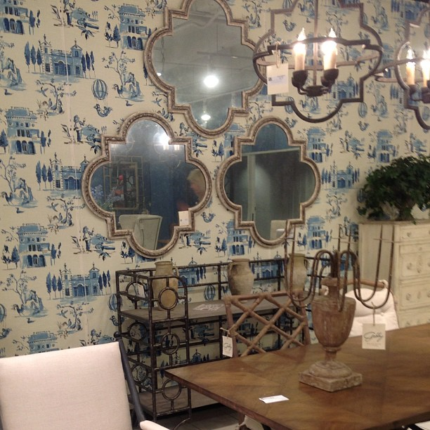 the-Atlanta-International-Gift-and-Home-Furnishings-Market-mirrors